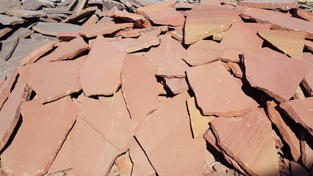 سنگ قرمز مشهد هر تن 1میلیون250 هزار تومان